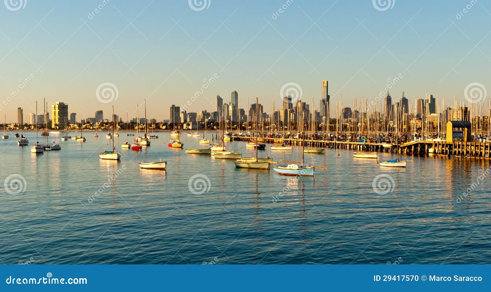 Horizonte de Melbourne de St Kilda