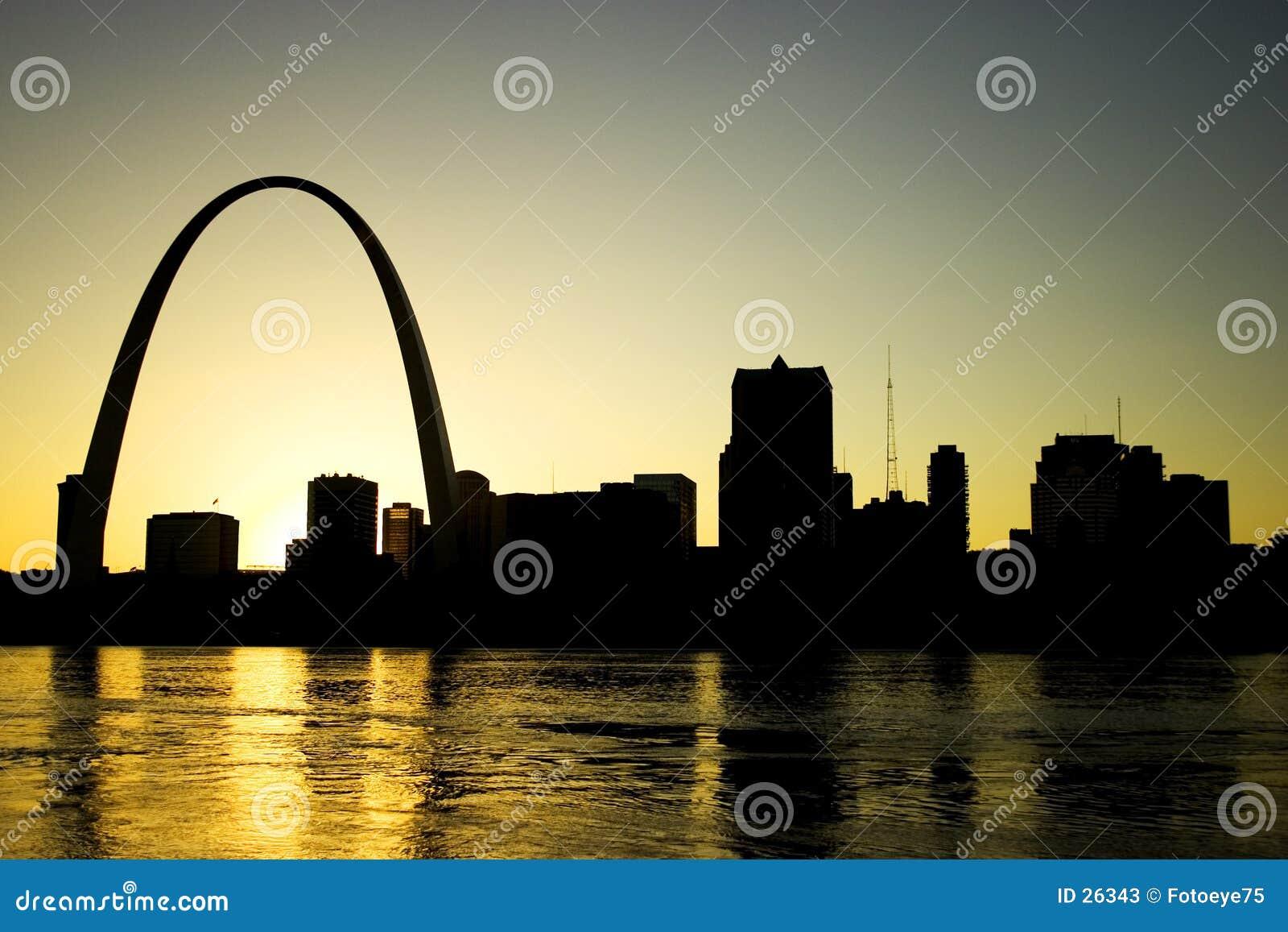 Download Horizonte de St. Louis imagen de archivo. Imagen de sunset - 26343