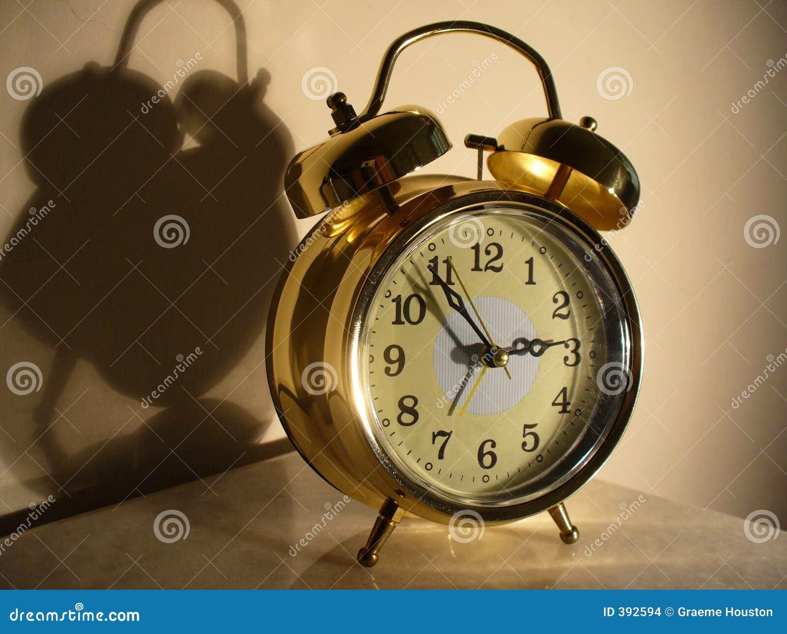 Horloge d alarme brillante