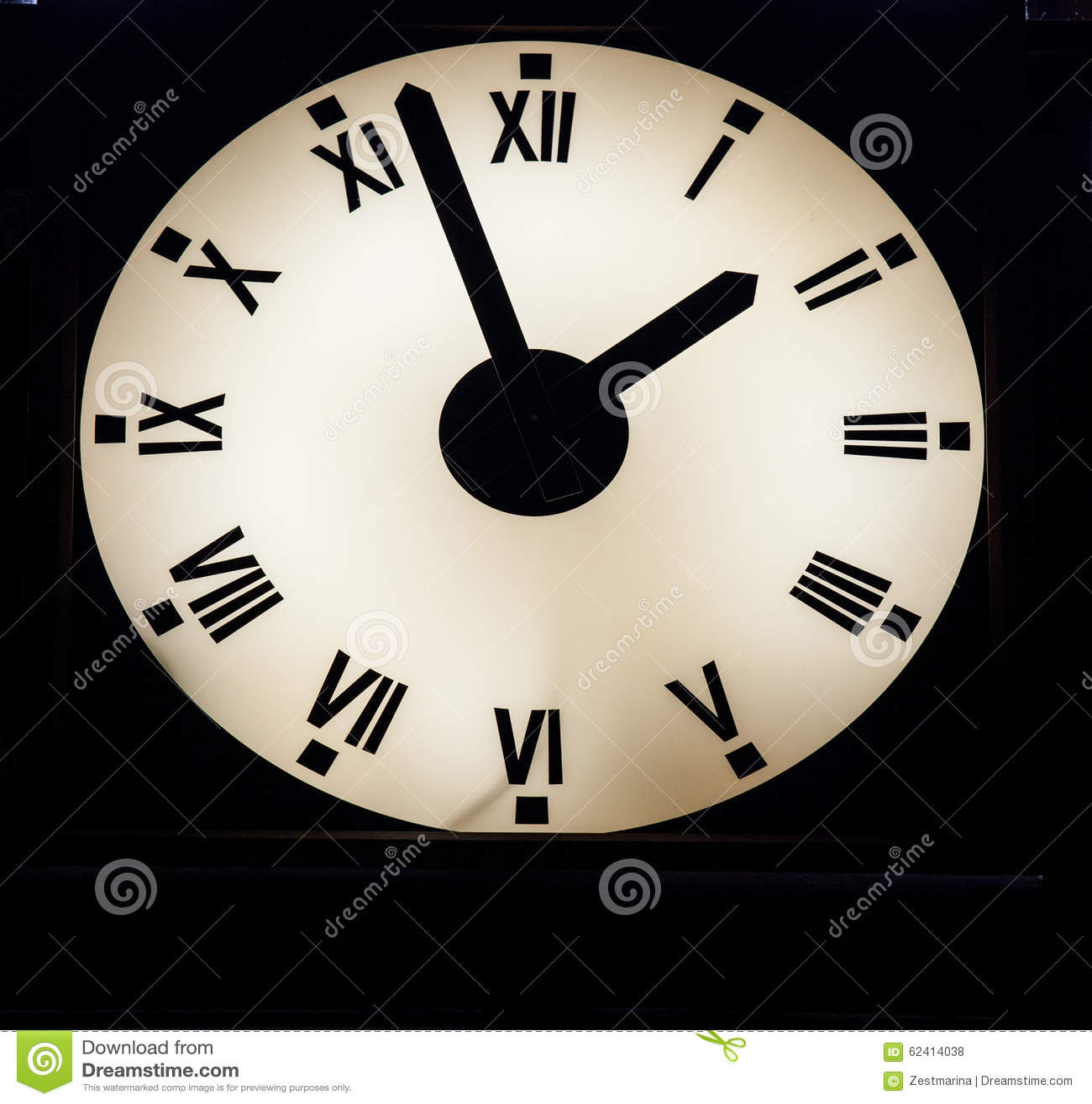 emejing horloge murale lumineuse photos. Black Bedroom Furniture Sets. Home Design Ideas