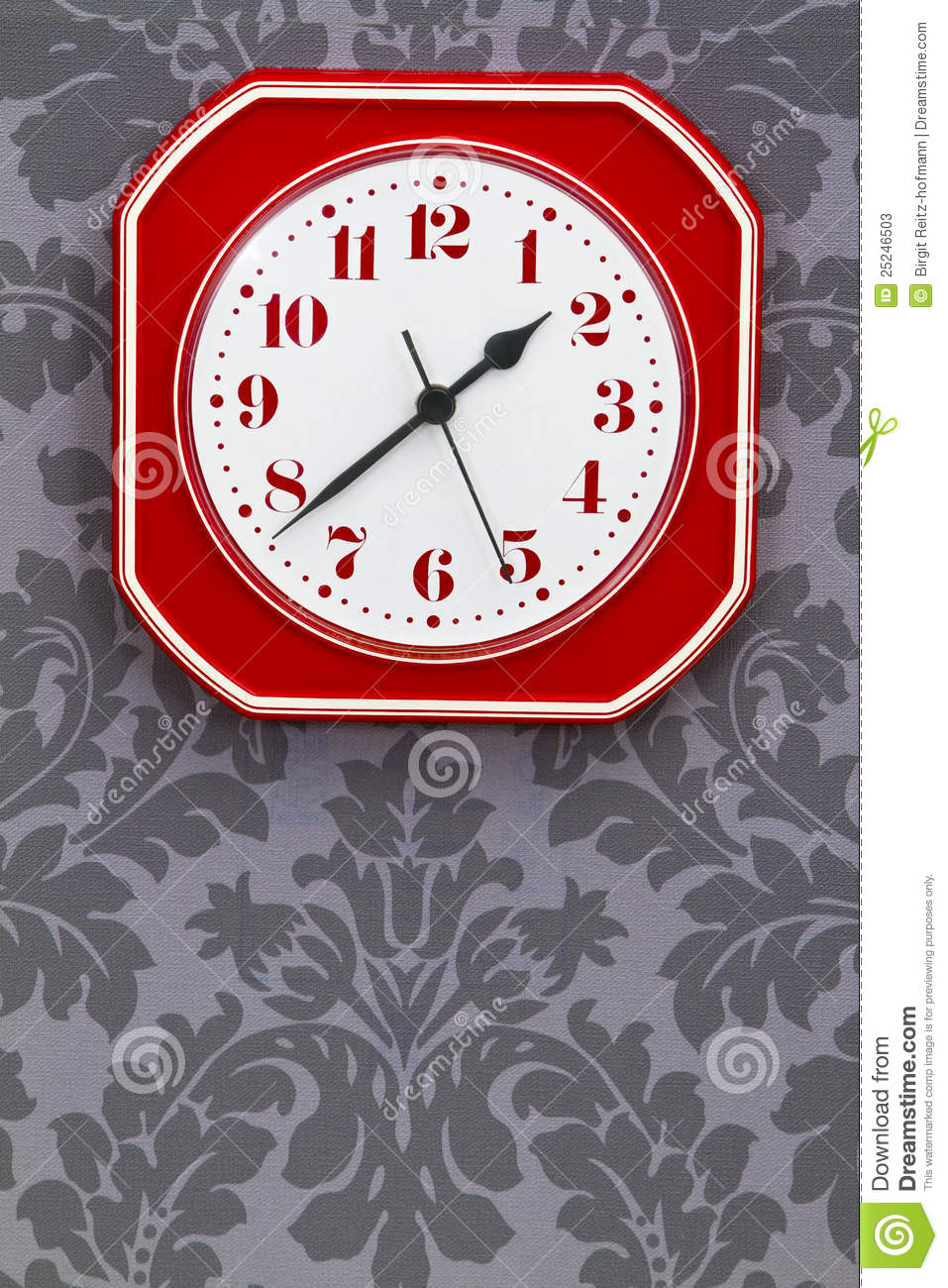 horloge rouge de cuisine de cru photos stock image 25246503. Black Bedroom Furniture Sets. Home Design Ideas