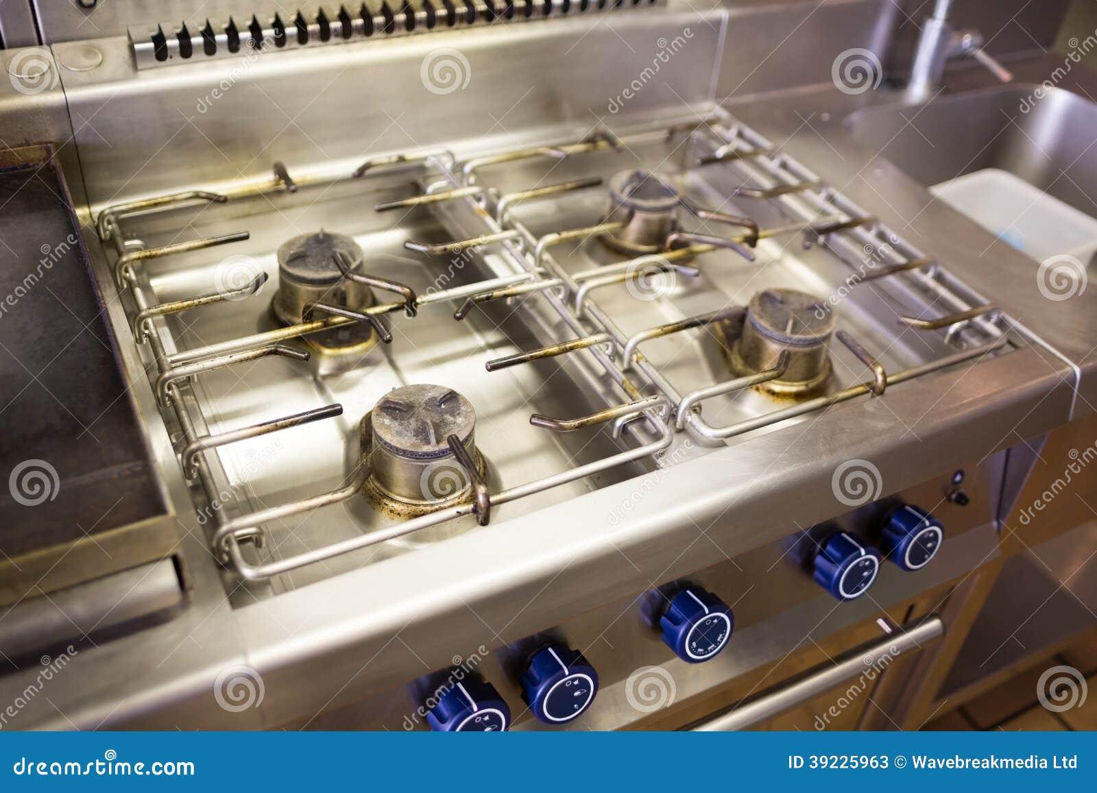 Hornilla de la estufa de gas de la cocina foto de archivo for Estufas de cocina de gas