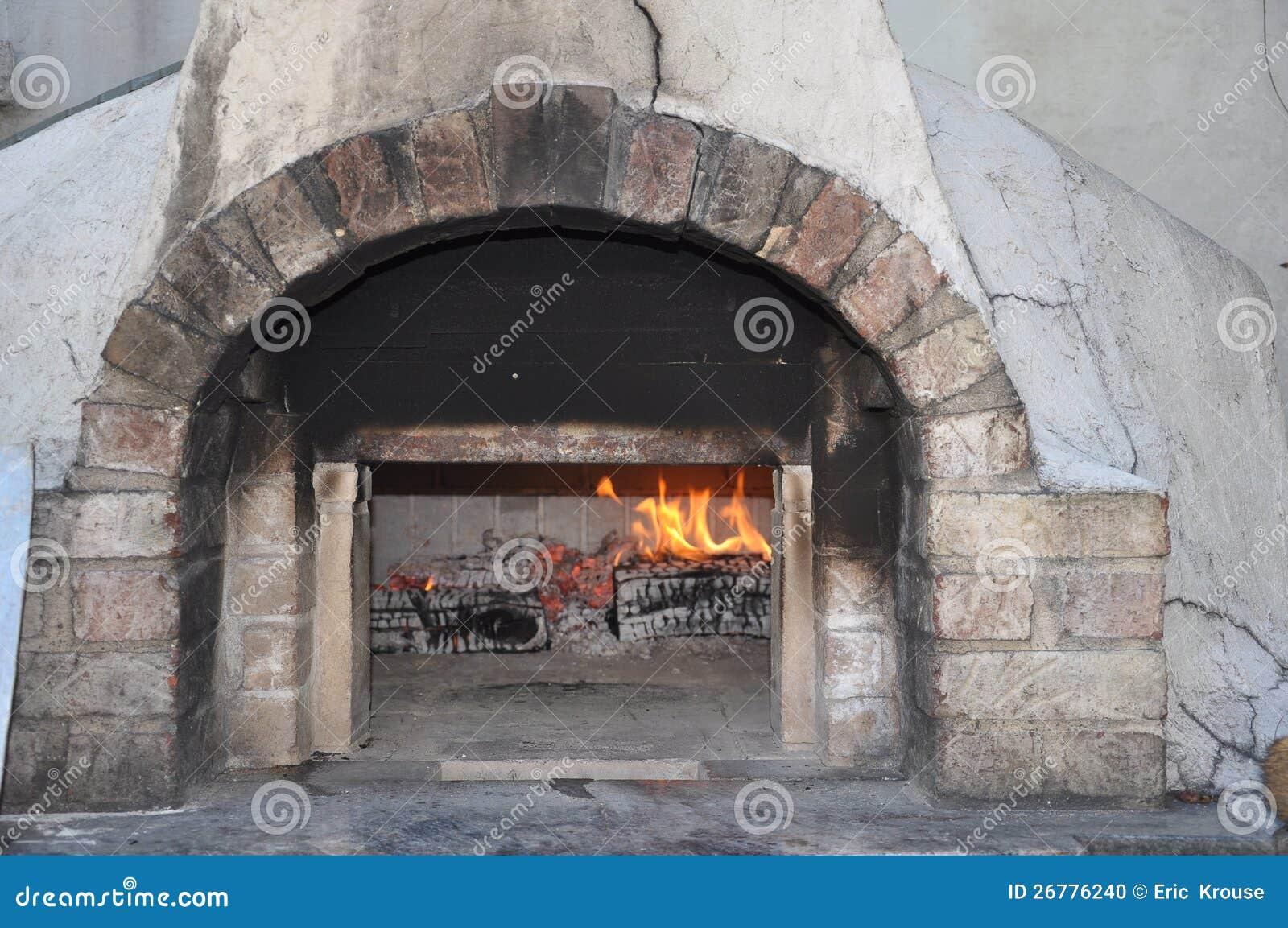 Horno de la pizza del ladrillo