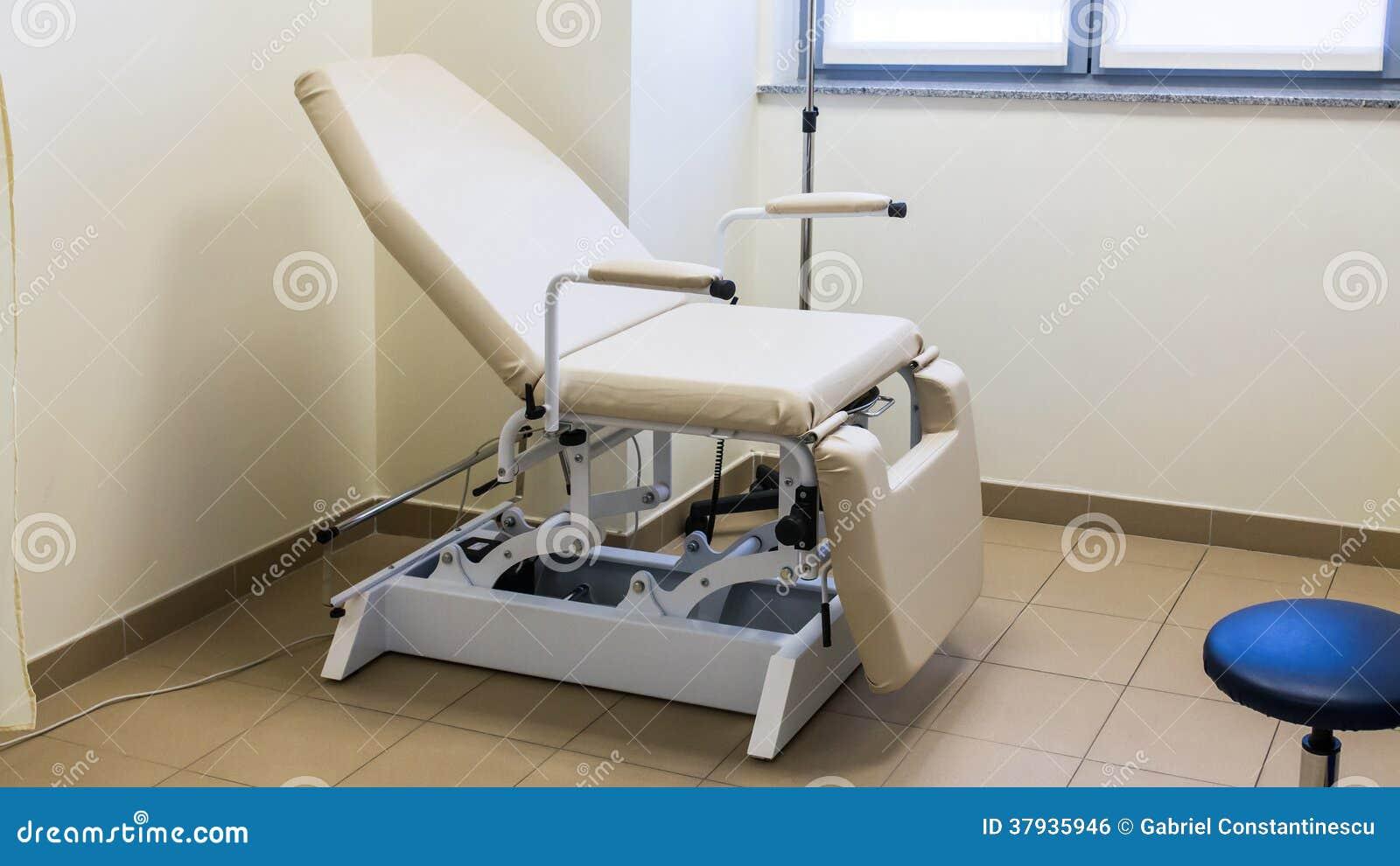 Hospital room obgyn chair