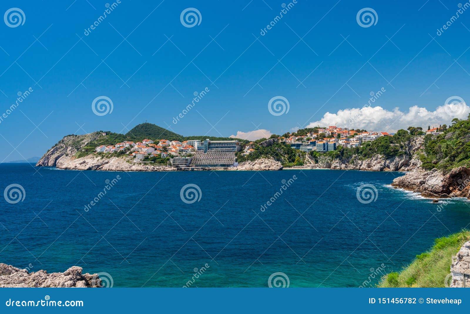Hotéis e casas de férias perto da cidade velha de Dubrovnik na Croácia