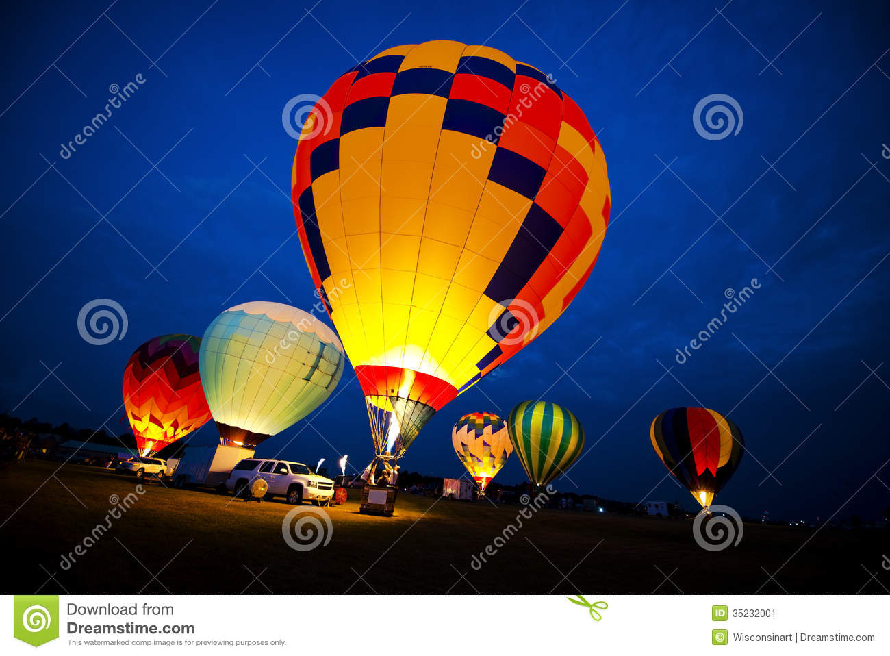 Good Wallpaper Night Hot Air Balloon - hot-air-balloon-colors-evening-night-glow-light-show-group-balloons-lit-up-as-fire-up-each-shines-bright-35232001  Pic-376016.jpg