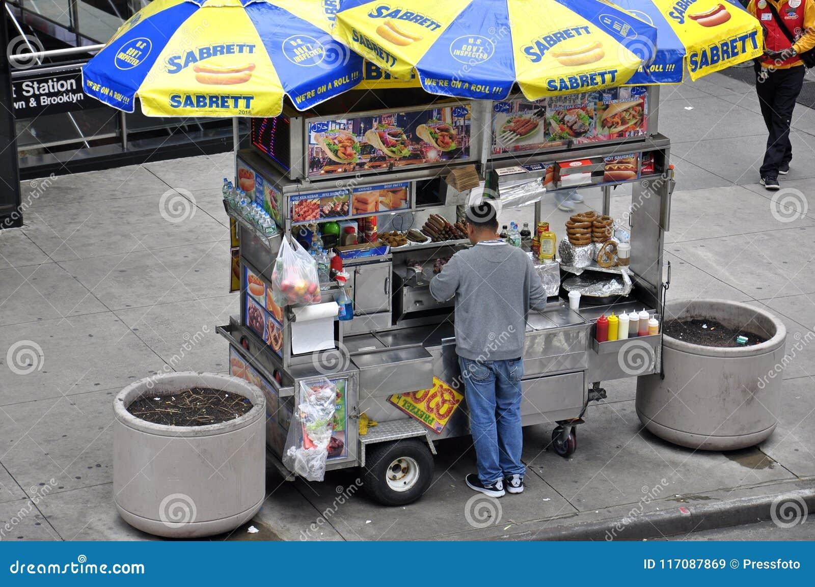 Hot Dog Kiosk In New York City, USA Editorial Stock Image