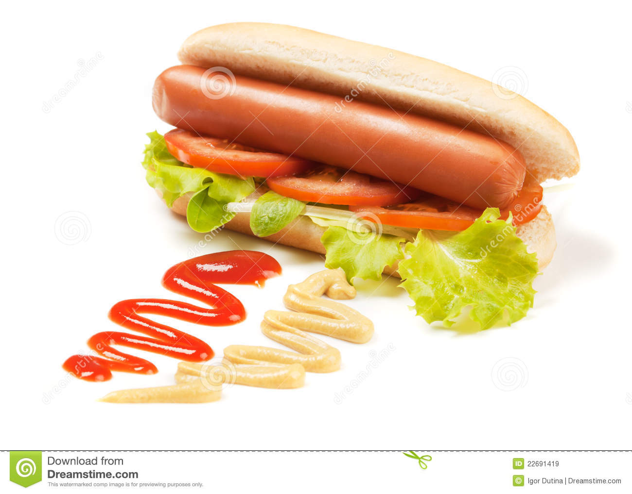 Hot Dog With Lettuce And Tomato