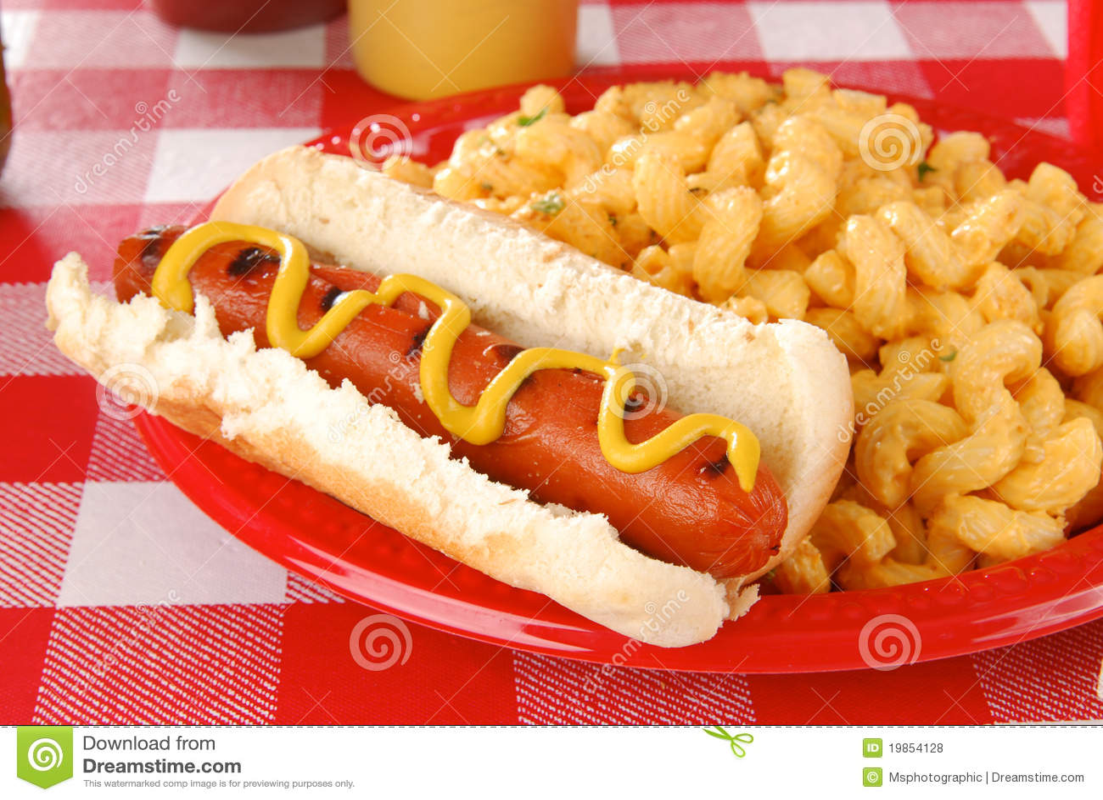 Hot Dog And Macaroni Cheese Royalty Free Stock Photos