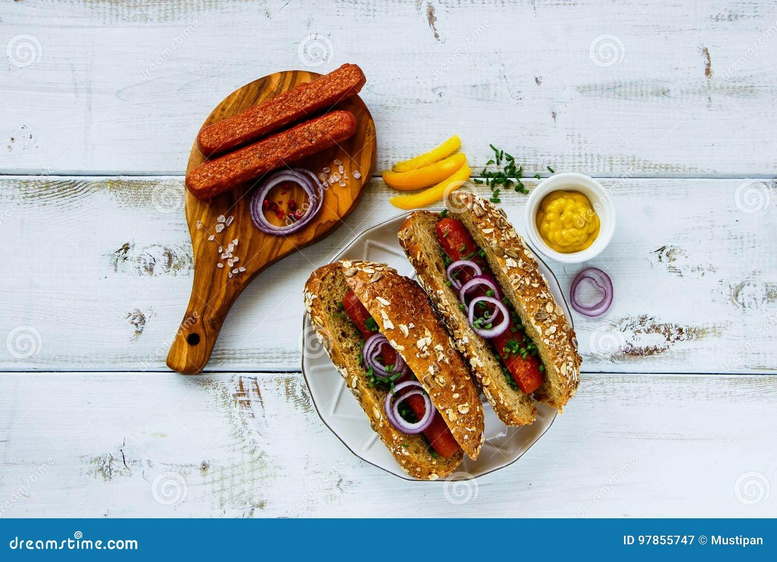 Hot dogs faits maison