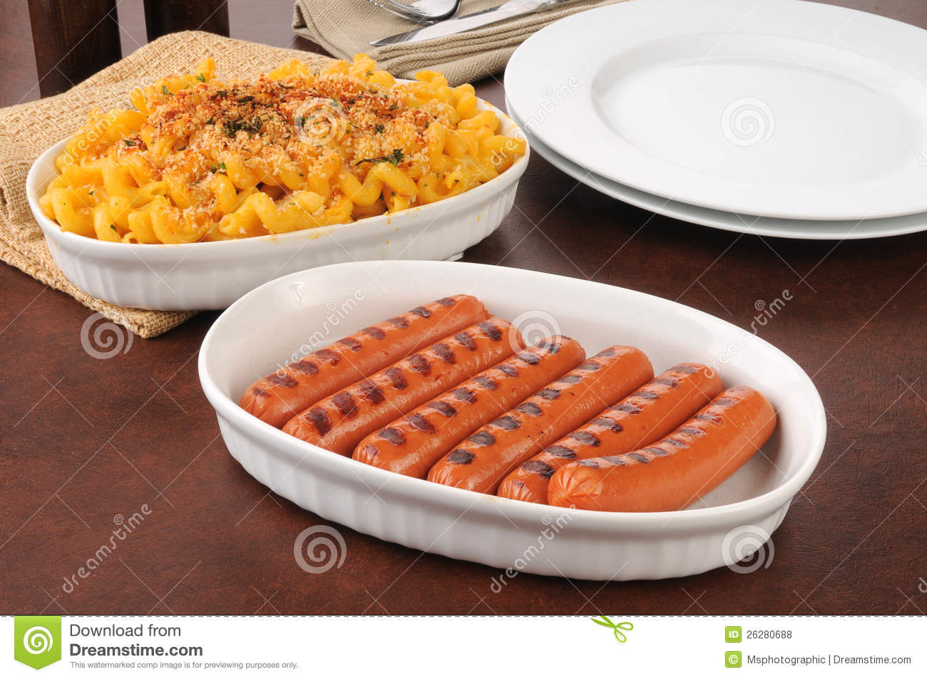 Hot Dogs And Macaroni Cheese