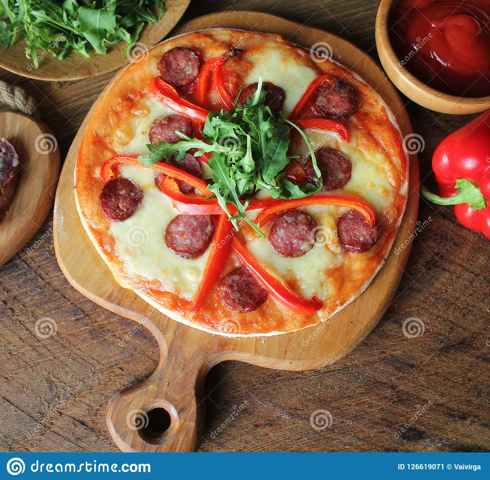 Forum on this topic: Chanterelle Mushroom and Kale Pizza, chanterelle-mushroom-and-kale-pizza/
