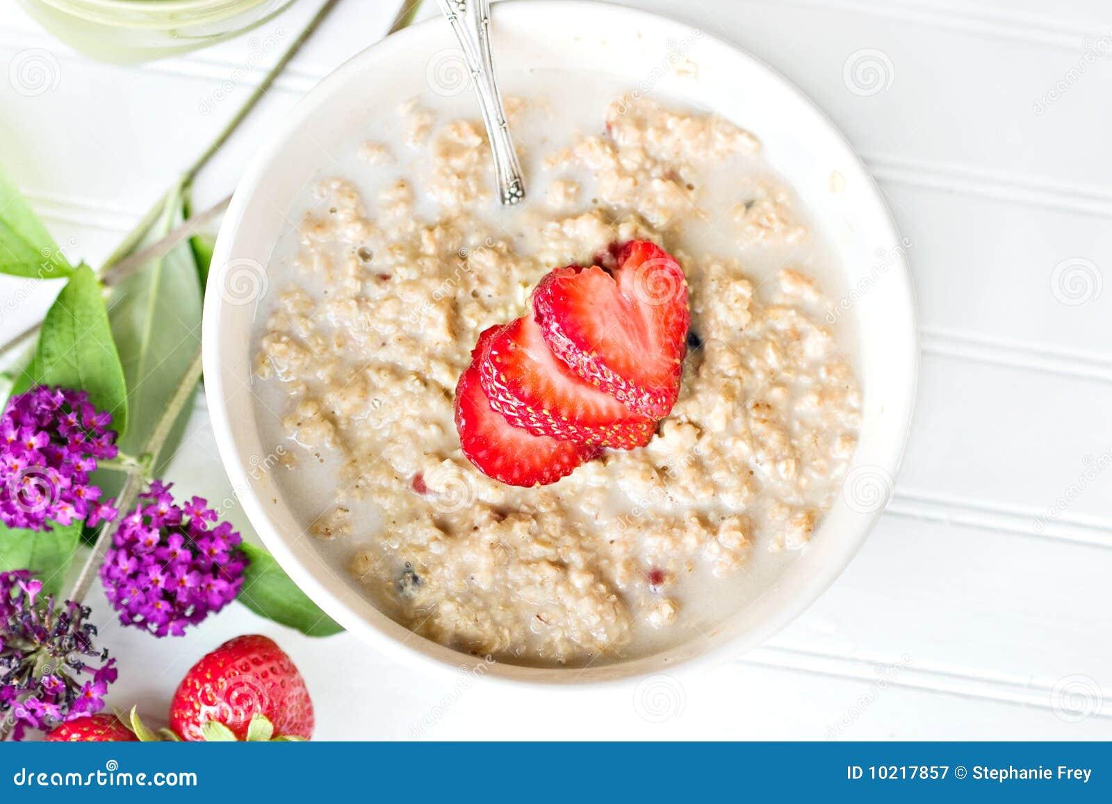 Hot oatmeal breakfast