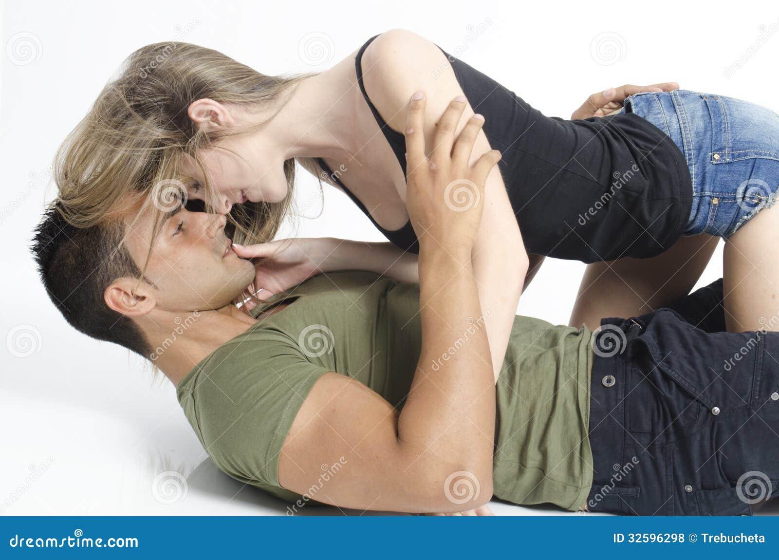 У парня не встал на девушку, Если у парня не встал, что думает девушка? 27 фотография
