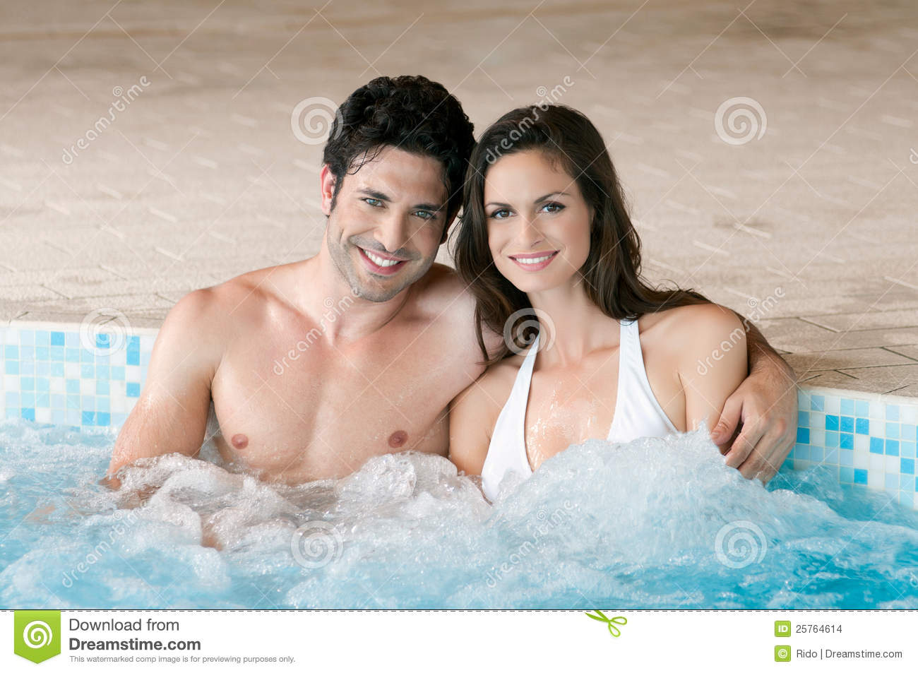 Hot tub with love