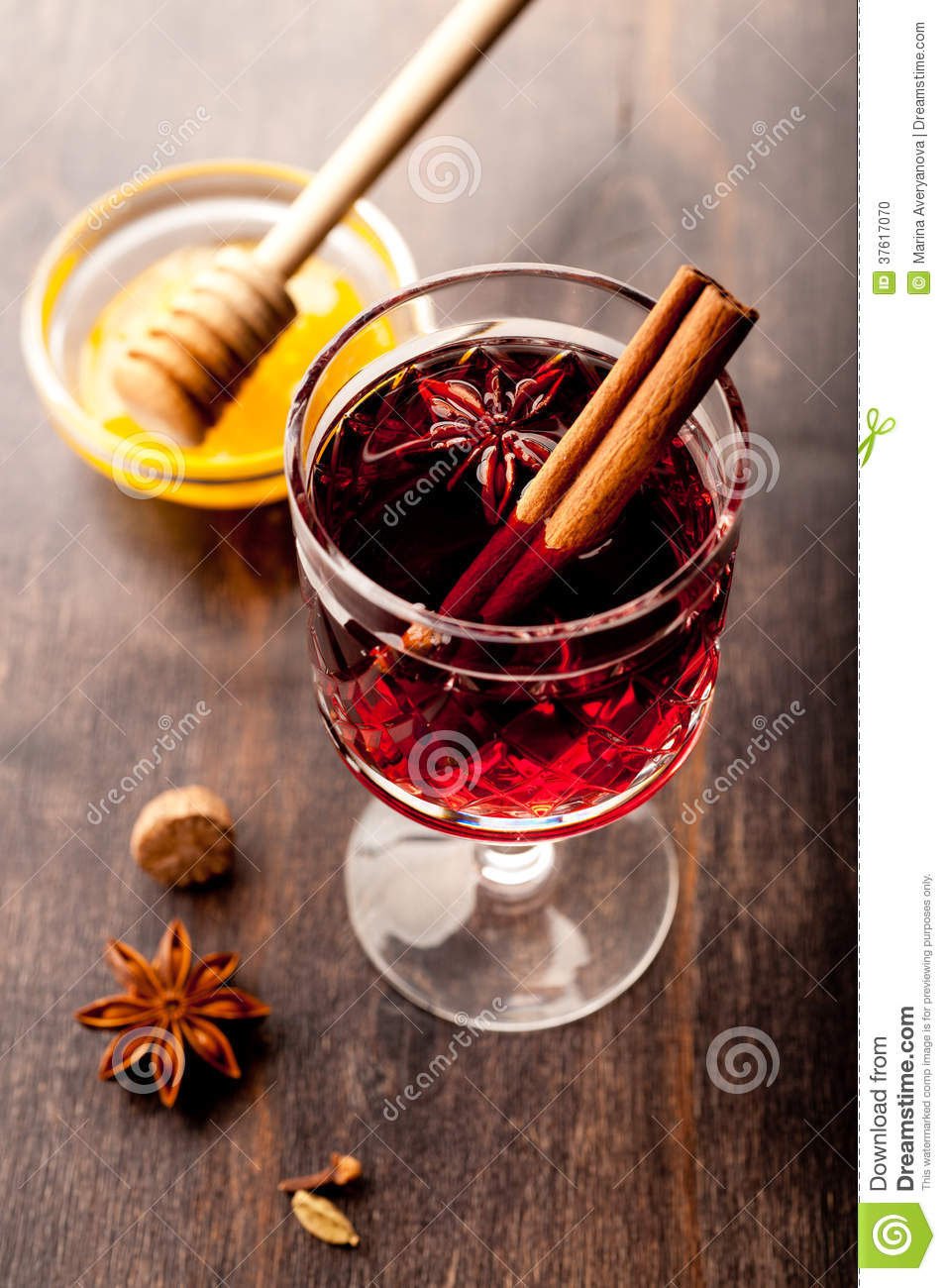 Hot Wine (mulled Wine) With Spices And Honey Stock Photo - Image ...
