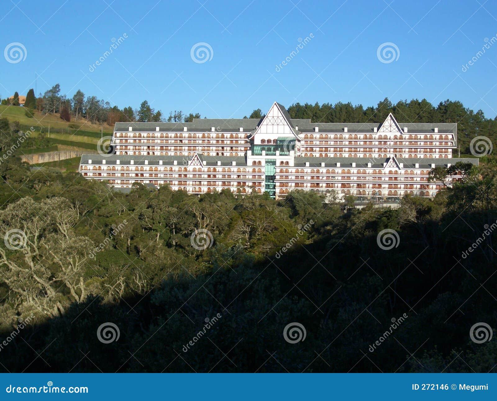 Hotel brasileiro 1 - Campos faz a cidade de Jordão
