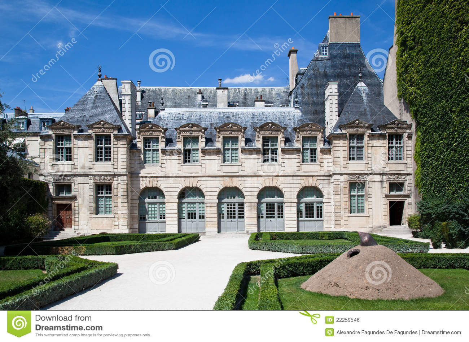Hotel de sully paris frankreich stockfoto bild von for Frankreich hotel paris