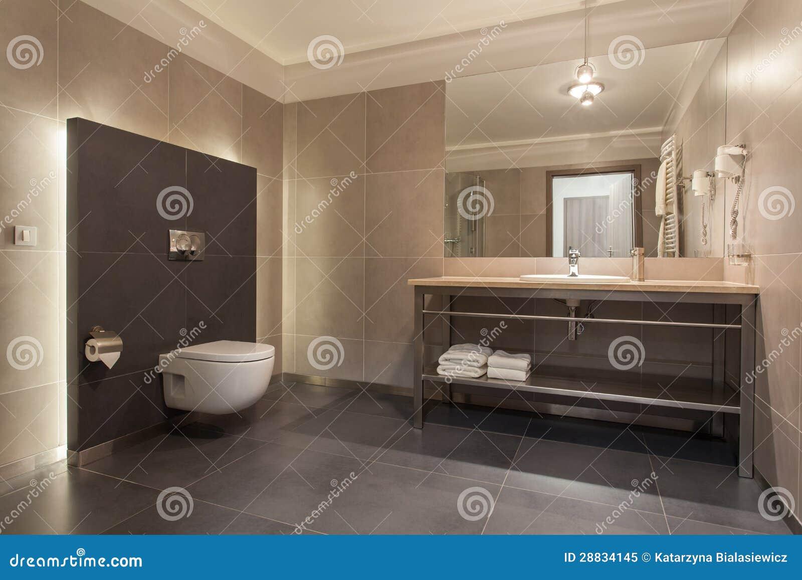 Cuarto De Baño Moderno Fotos:Hotel Del Arbolado – Cuarto De Baño Moderno Foto de archivo libre de