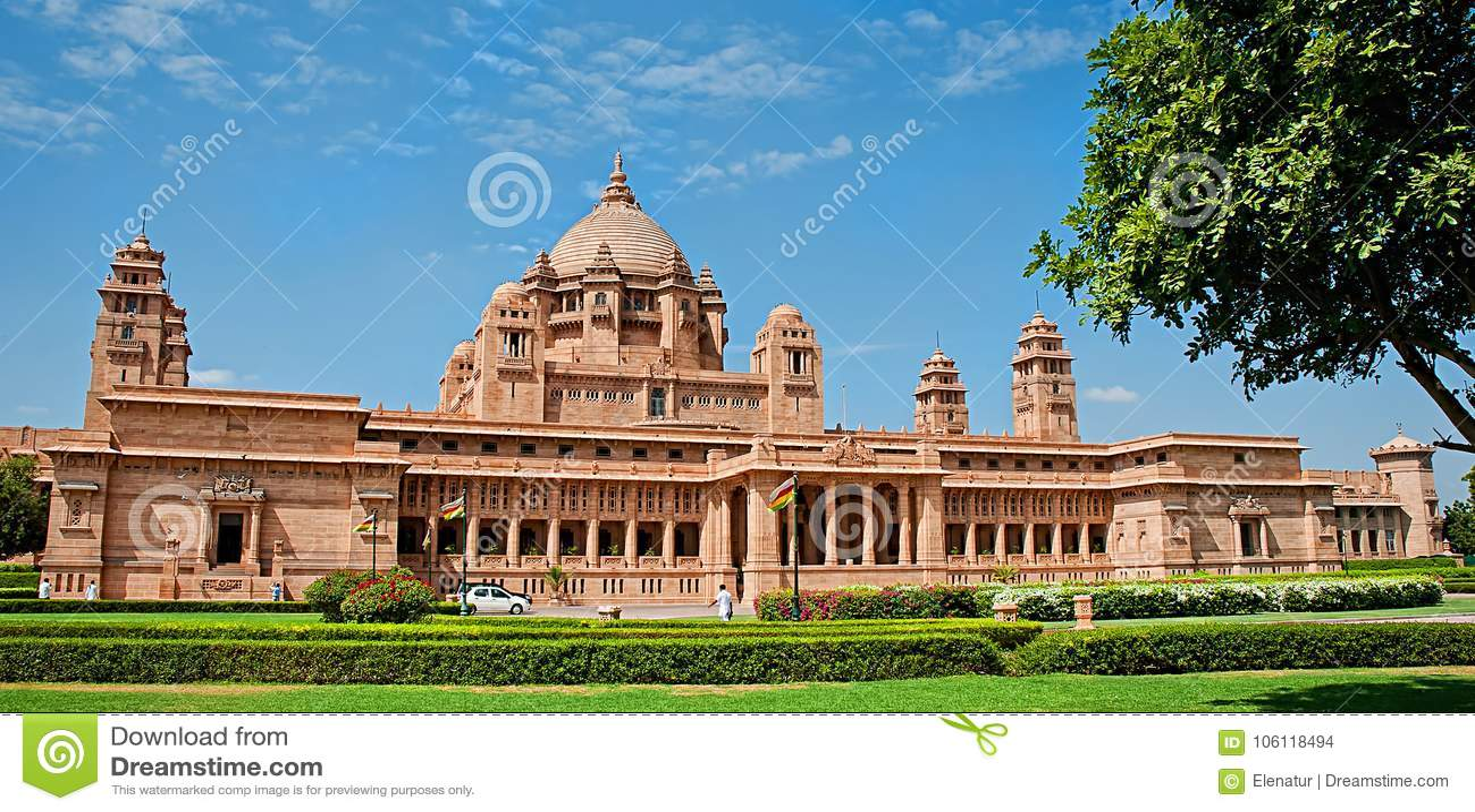 Hotel del palacio de Umaid Bhawan en Jodhpur en Rajasthán, la India Panora