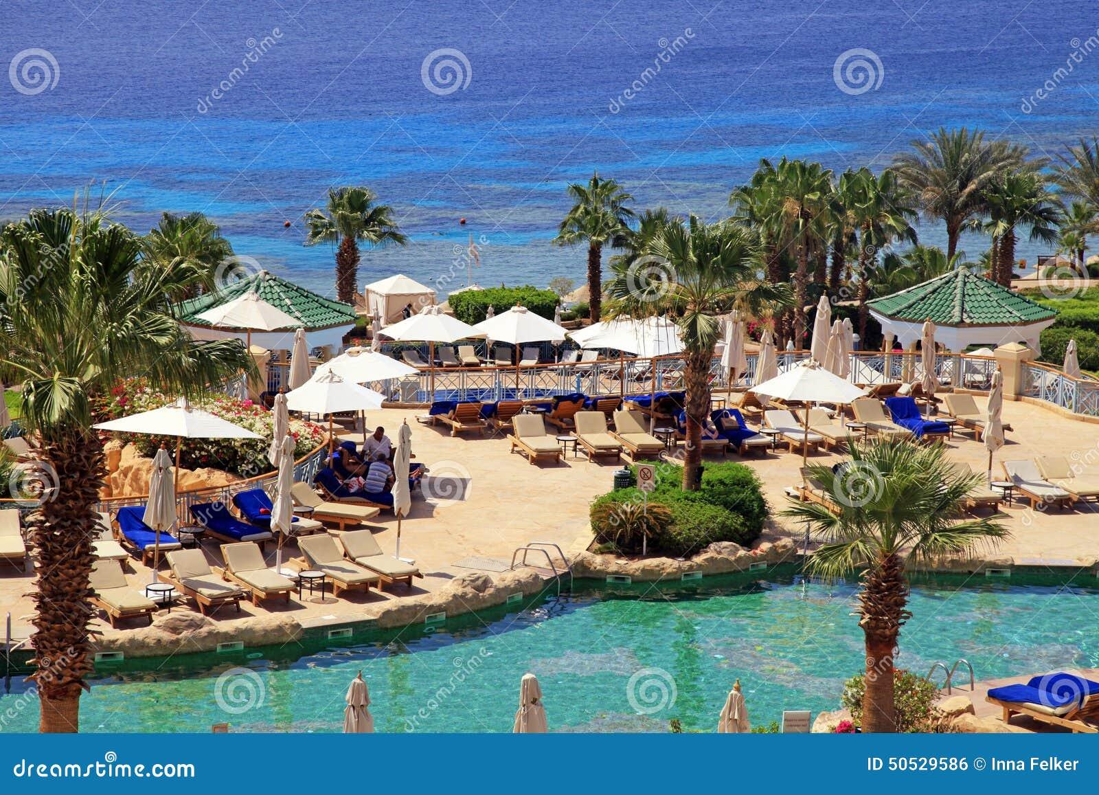 Hotel Di Località Di Soggiorno Di Lusso Tropicale Sulla Spiaggia Del ...