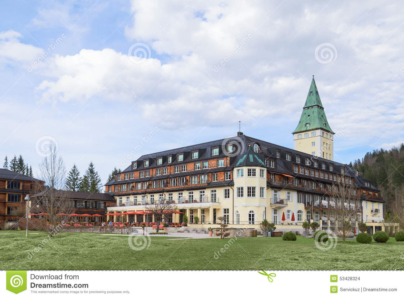 Hotel Schloss Elmau Royal Luxury Residence In Bavarian