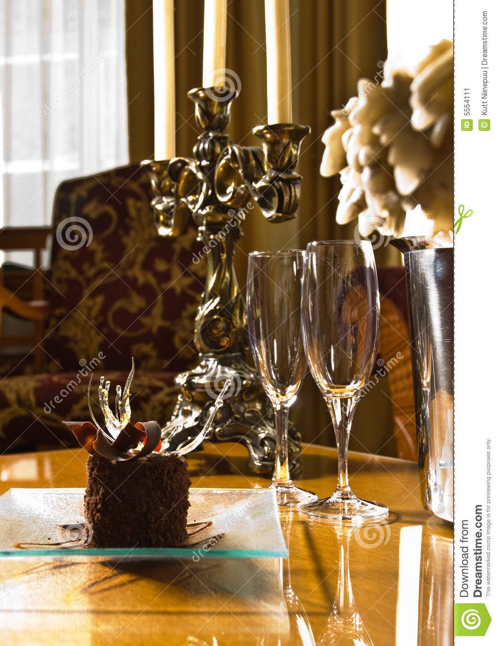... served on a glass saucer, elegant table setting in a luxurious hotel