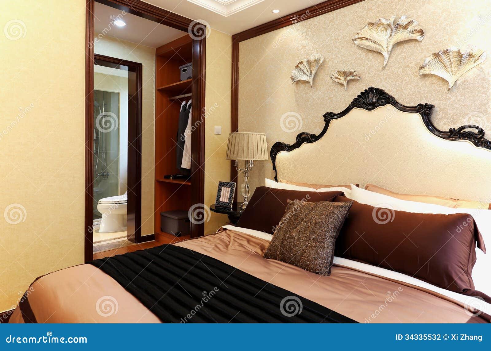 Hotel-Wohnzimmer, Bett stockfoto. Bild von haus, bunt - 34335532