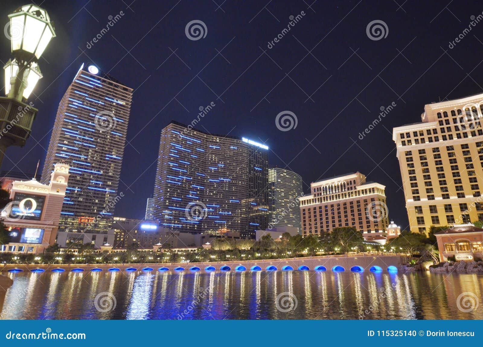 Hotel y casino, zona metropolitana, paisaje urbano, ciudad, reflexión de Bellagio