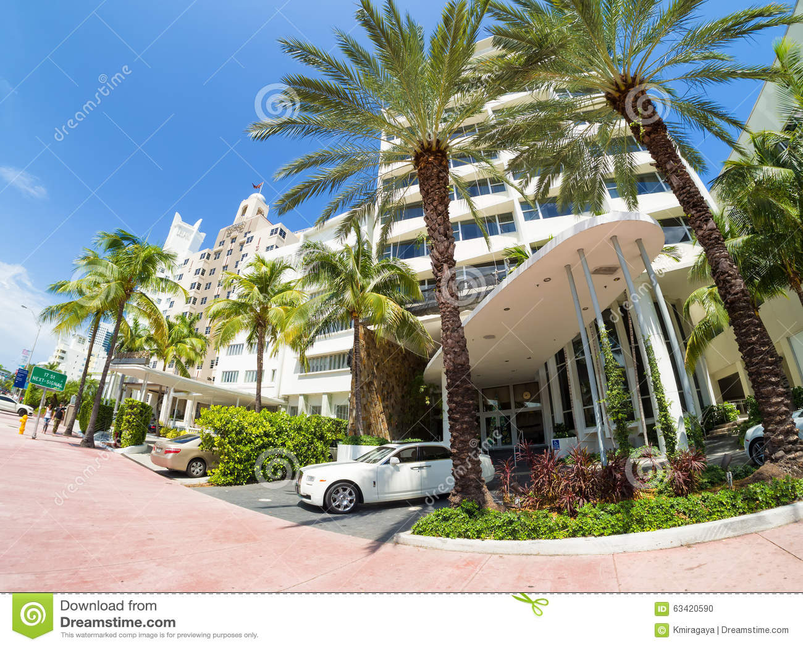 hoteles de art deco en collins avenue en miami beach. Black Bedroom Furniture Sets. Home Design Ideas