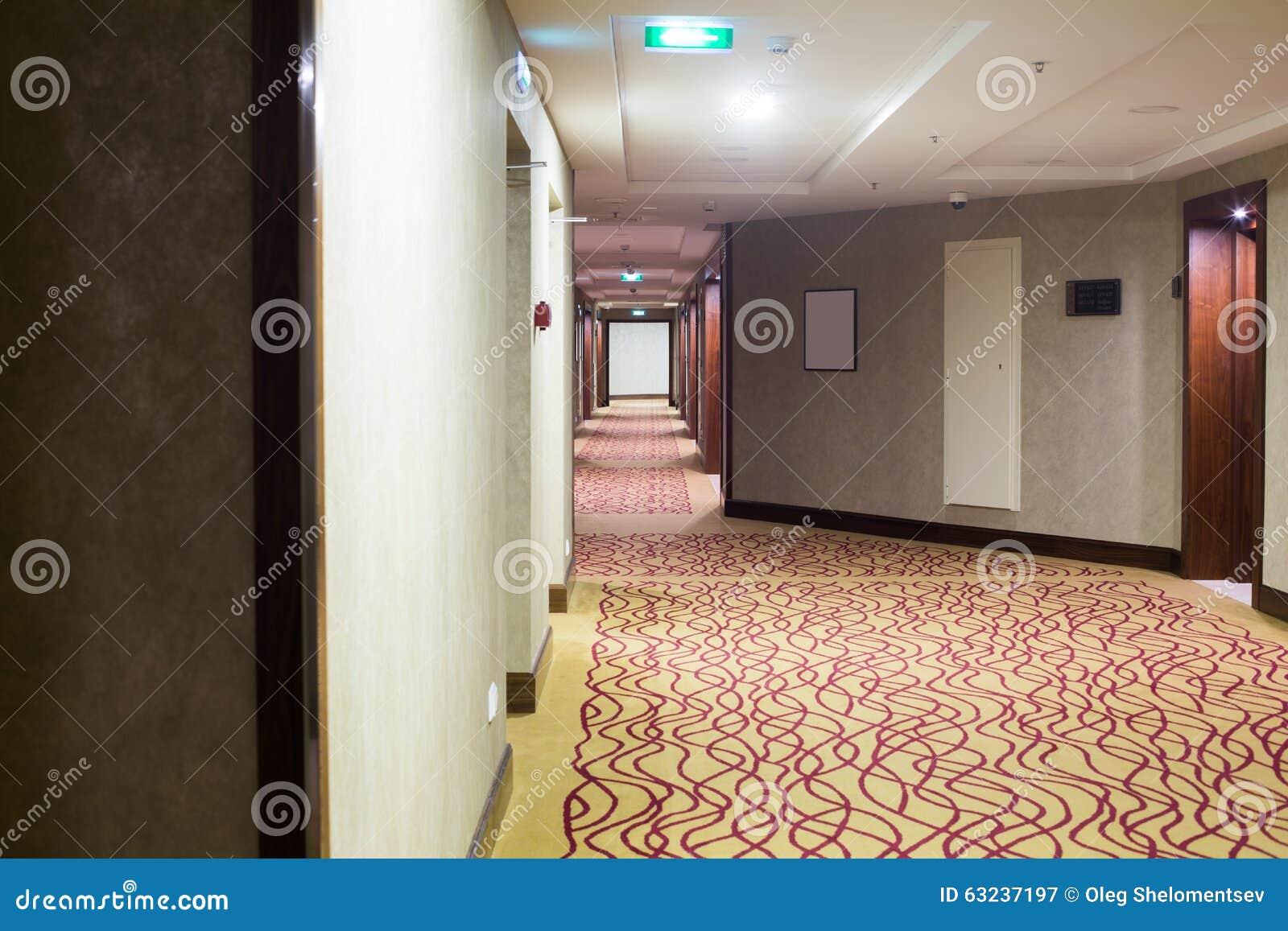 Tapijt Voor Gang : Hotelgang met tapijt stock afbeelding afbeelding bestaande uit
