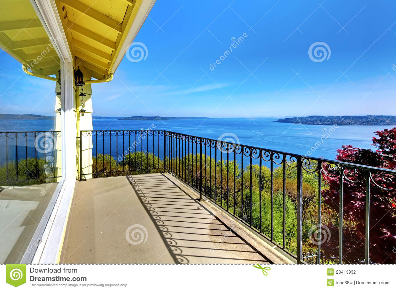 House balcony with water amazing view and metal railings for Balcony with view