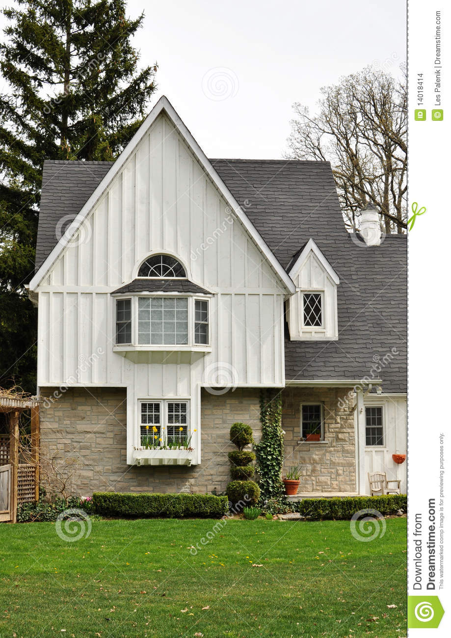 House with a bay window stock images image 14018414 - The house with protruding windows ...