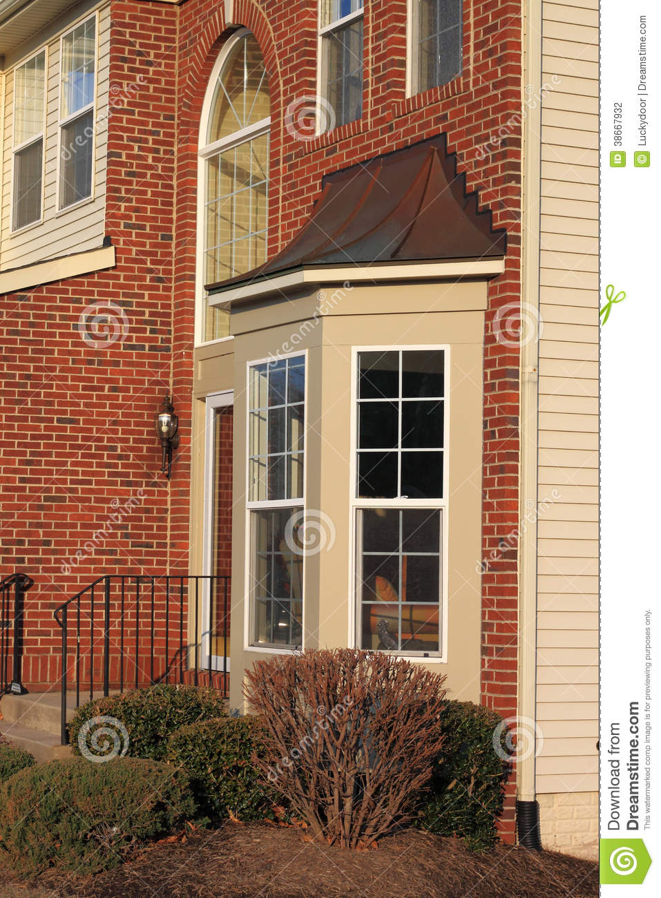 Homes With Bay Windows : House bay window stock photography image