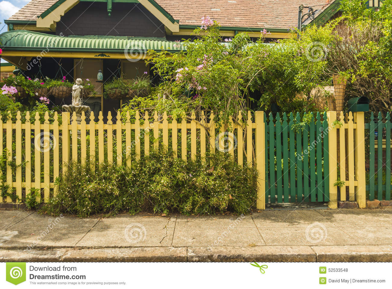 house behind cream picket fence stock photo image 52533548. Black Bedroom Furniture Sets. Home Design Ideas