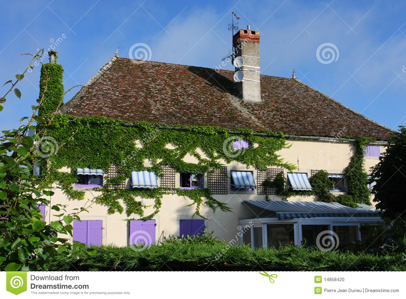 House in Burgundy