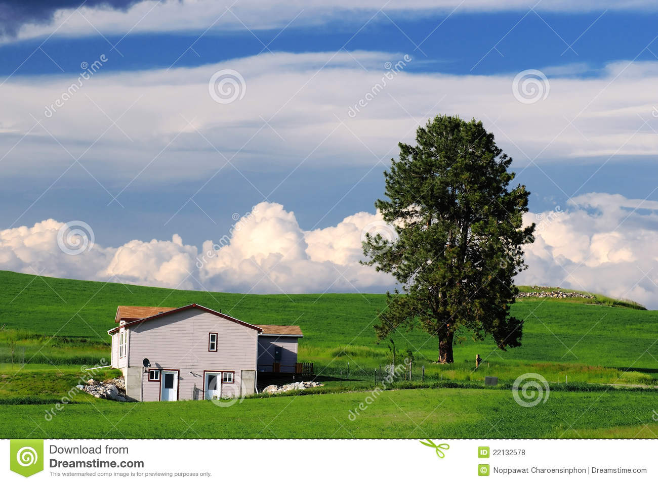 House in countryside royalty free stock photos image Usa countryside pictures