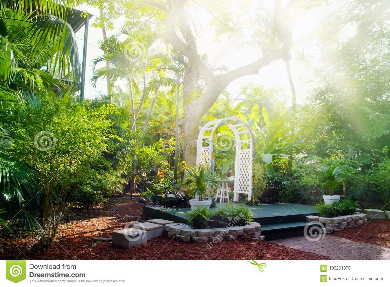 House Courtyard And The Garden Of The Ernest Hemingway Home And