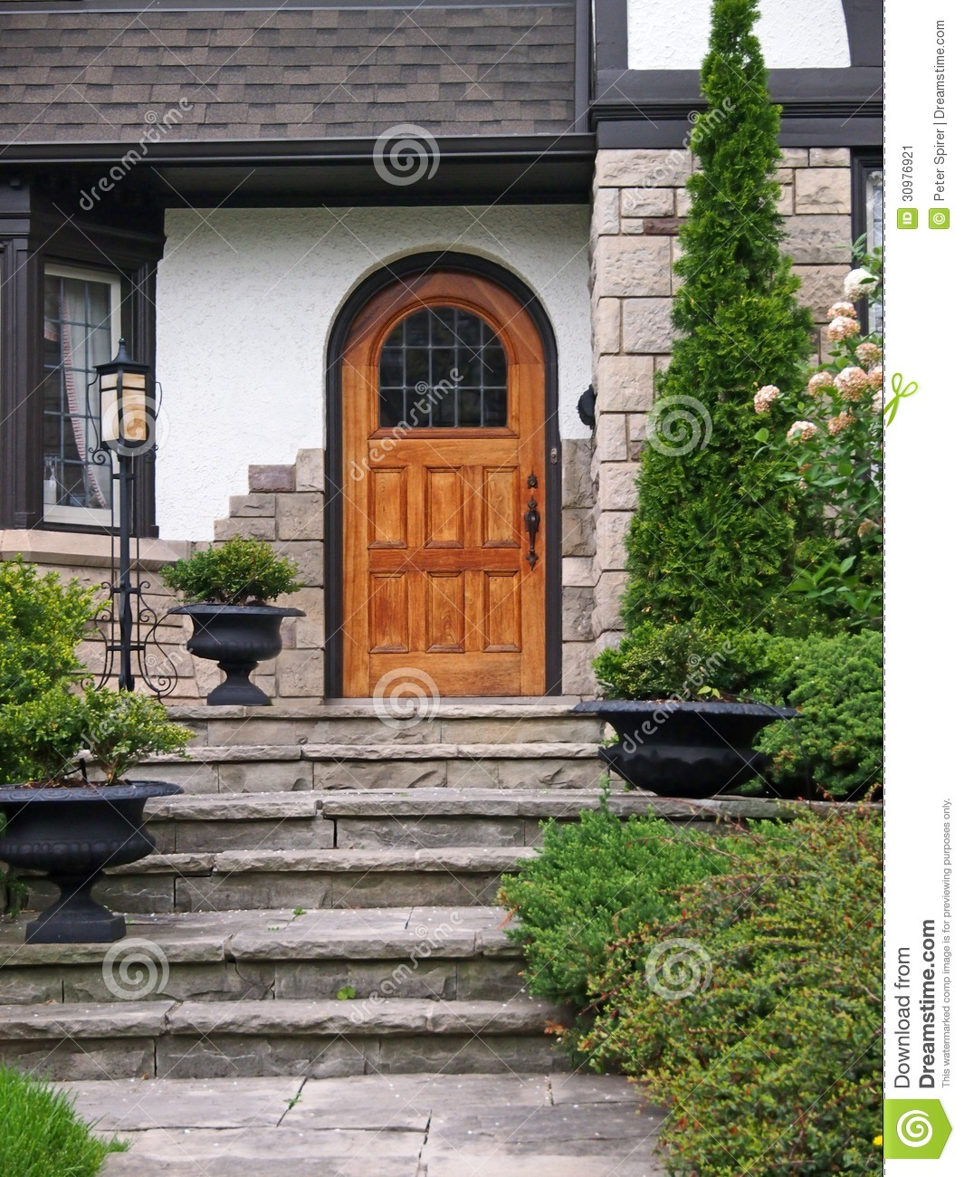 House Entrance With Flagstone Steps Stock Image - Image: 30976921