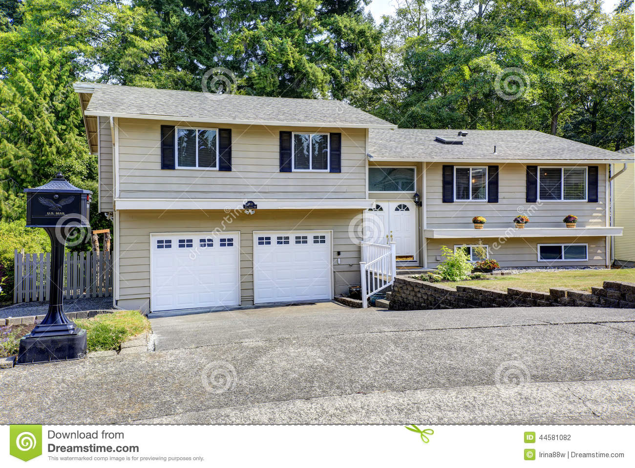 House exterior in federal way wa stock photo image for How big is two car garage