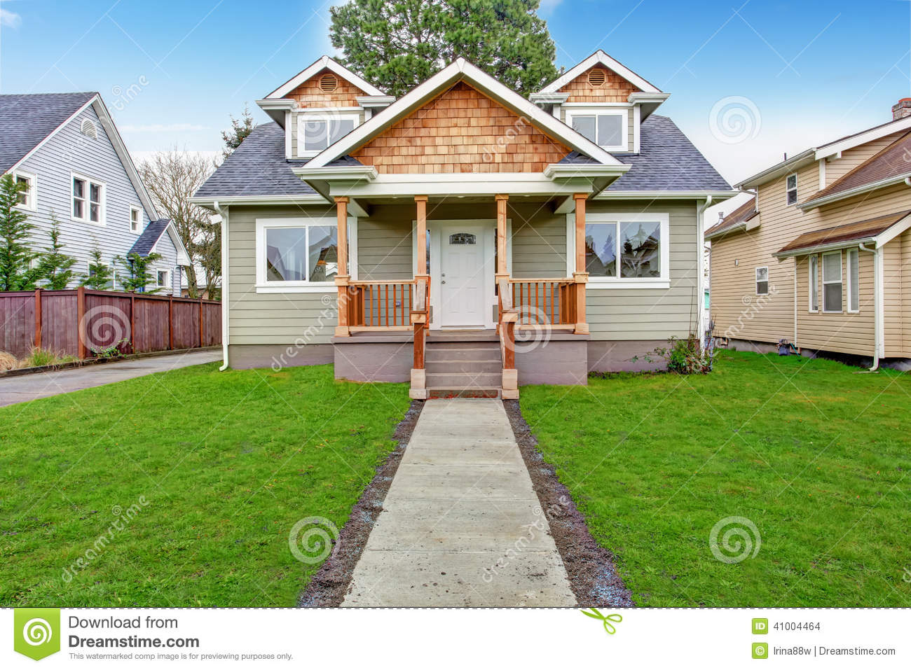House exterior front porch view stock photo image 41004464 for Front look of small house