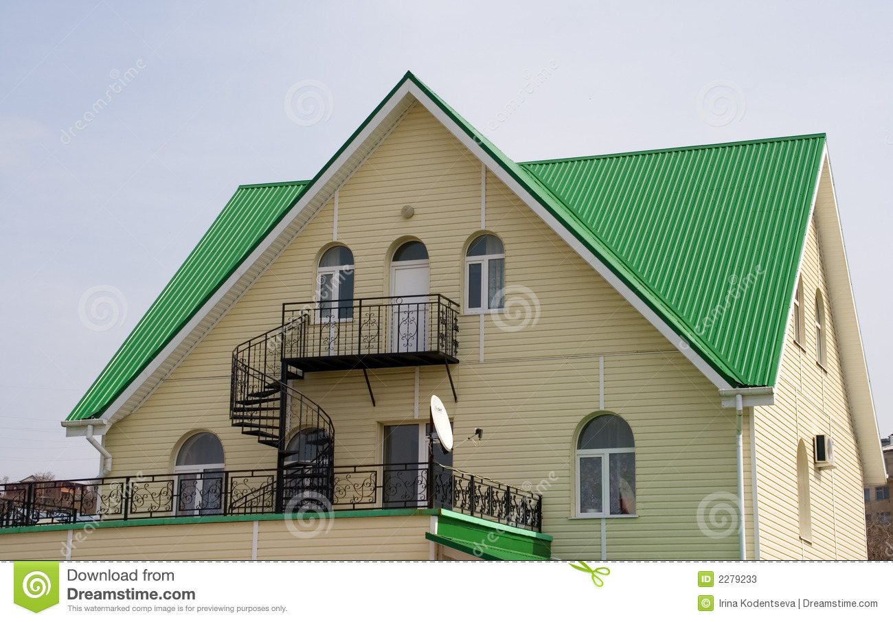 House with green roof stock photos image 2279233 - Yellow house with green roof ...