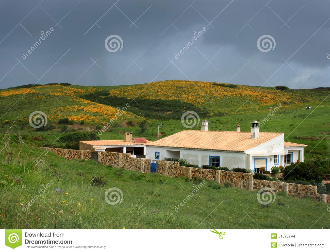 House in the hills of algarve stock images image 31676744 Regional house