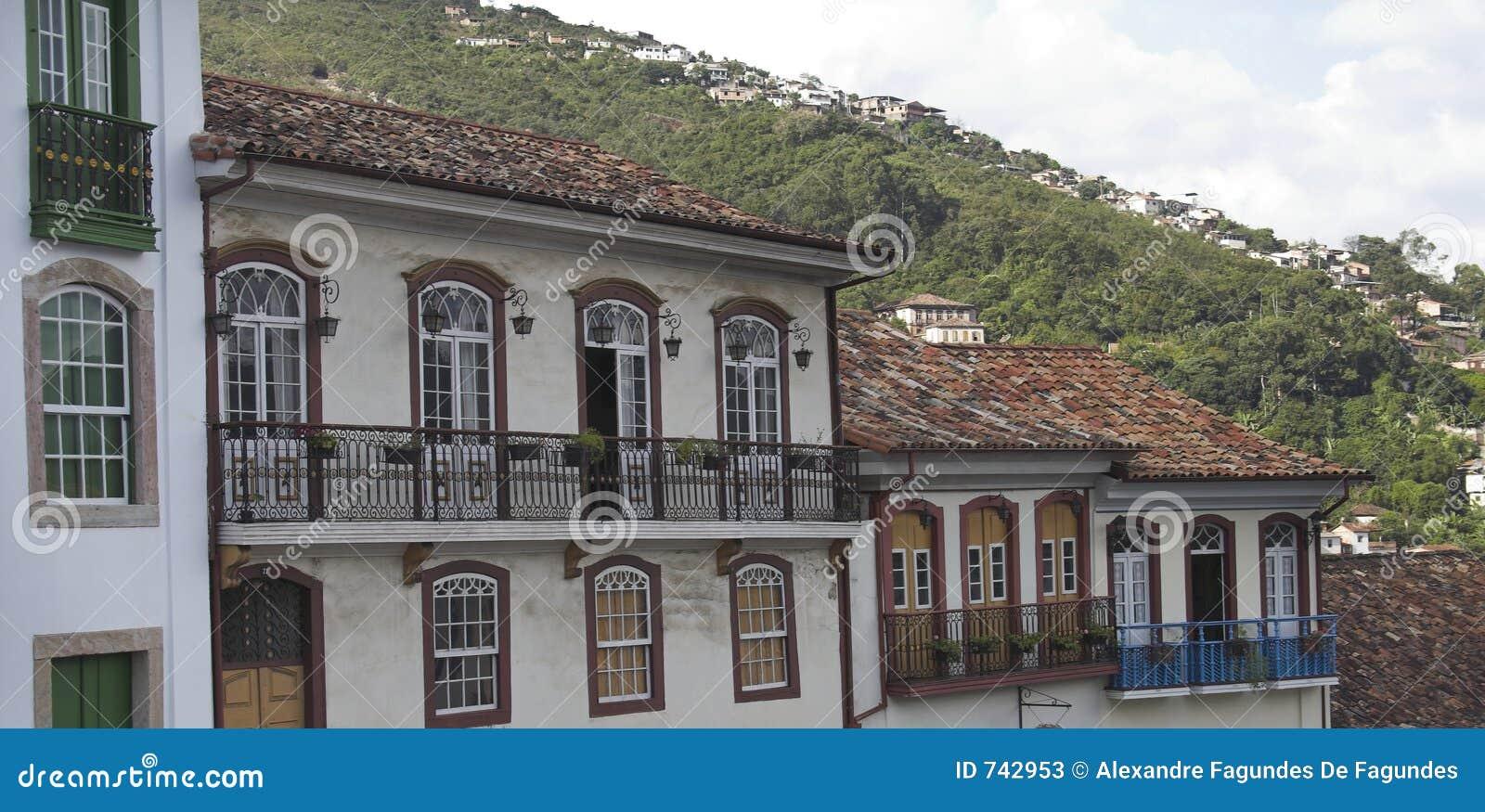 House ouro preto fasada