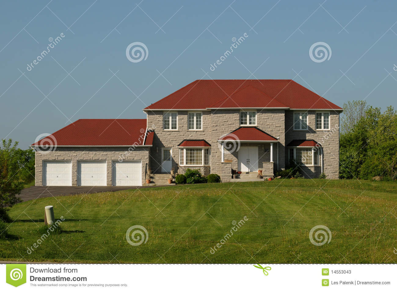 House With Red Roof And Triple Garage Stock Photos Image Make Your Own Beautiful  HD Wallpapers, Images Over 1000+ [ralydesign.ml]