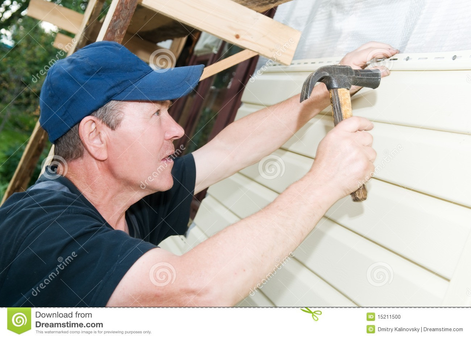 Ремонт дома сайдингом своими руками