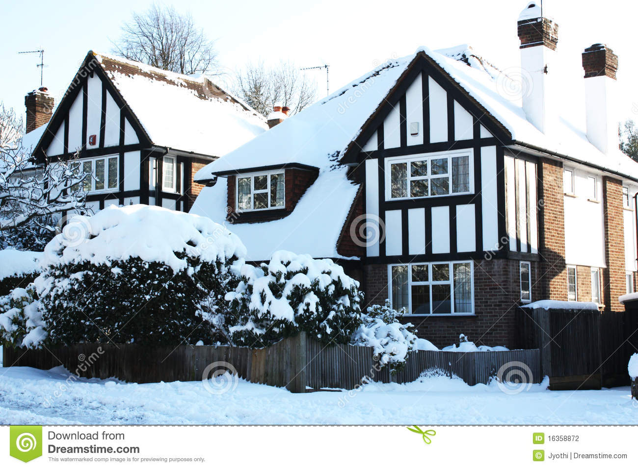 House With Snow Stock Photography Image 16358872