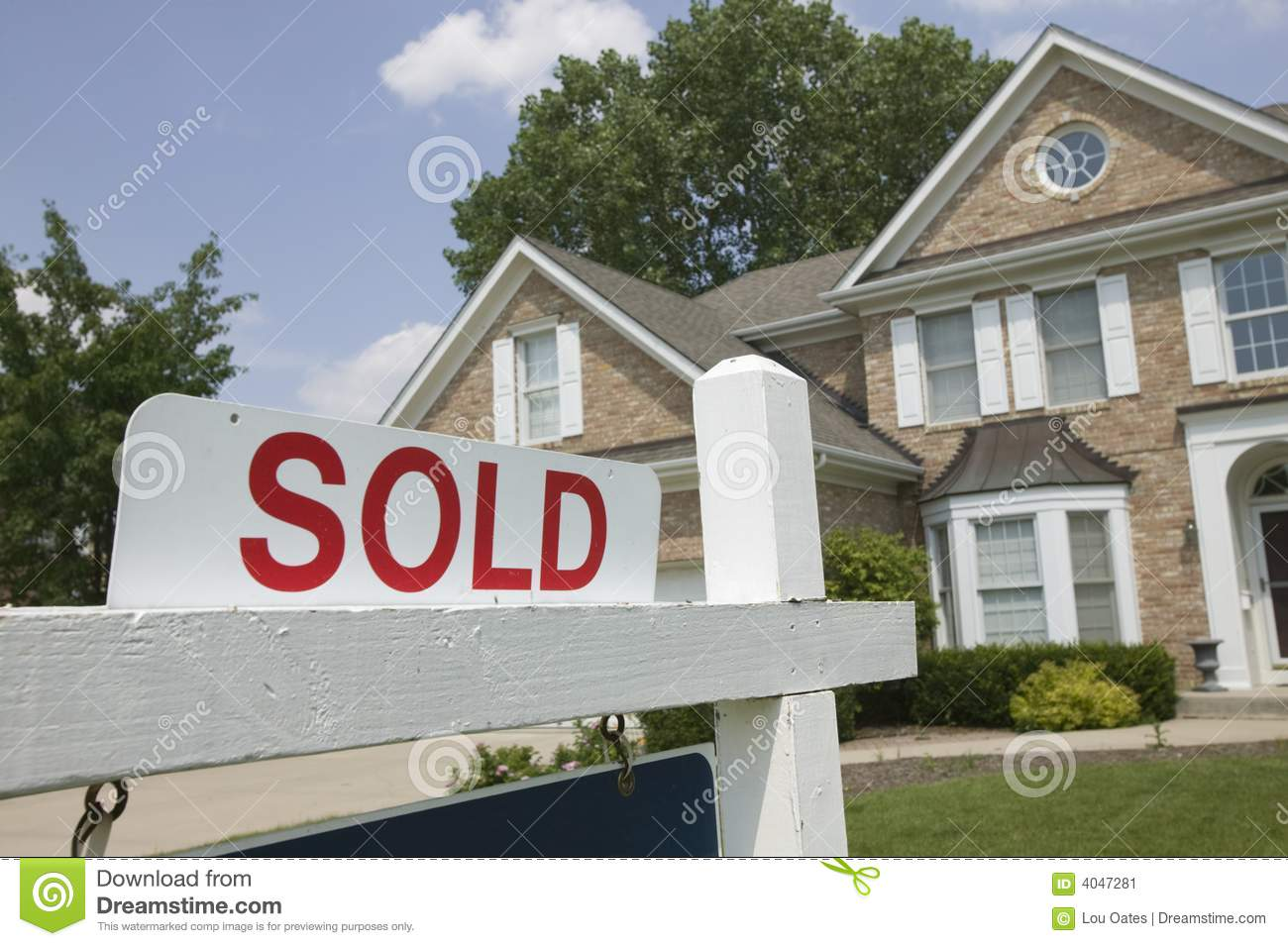 House Sold Sign Stock Image - Image: 4047281