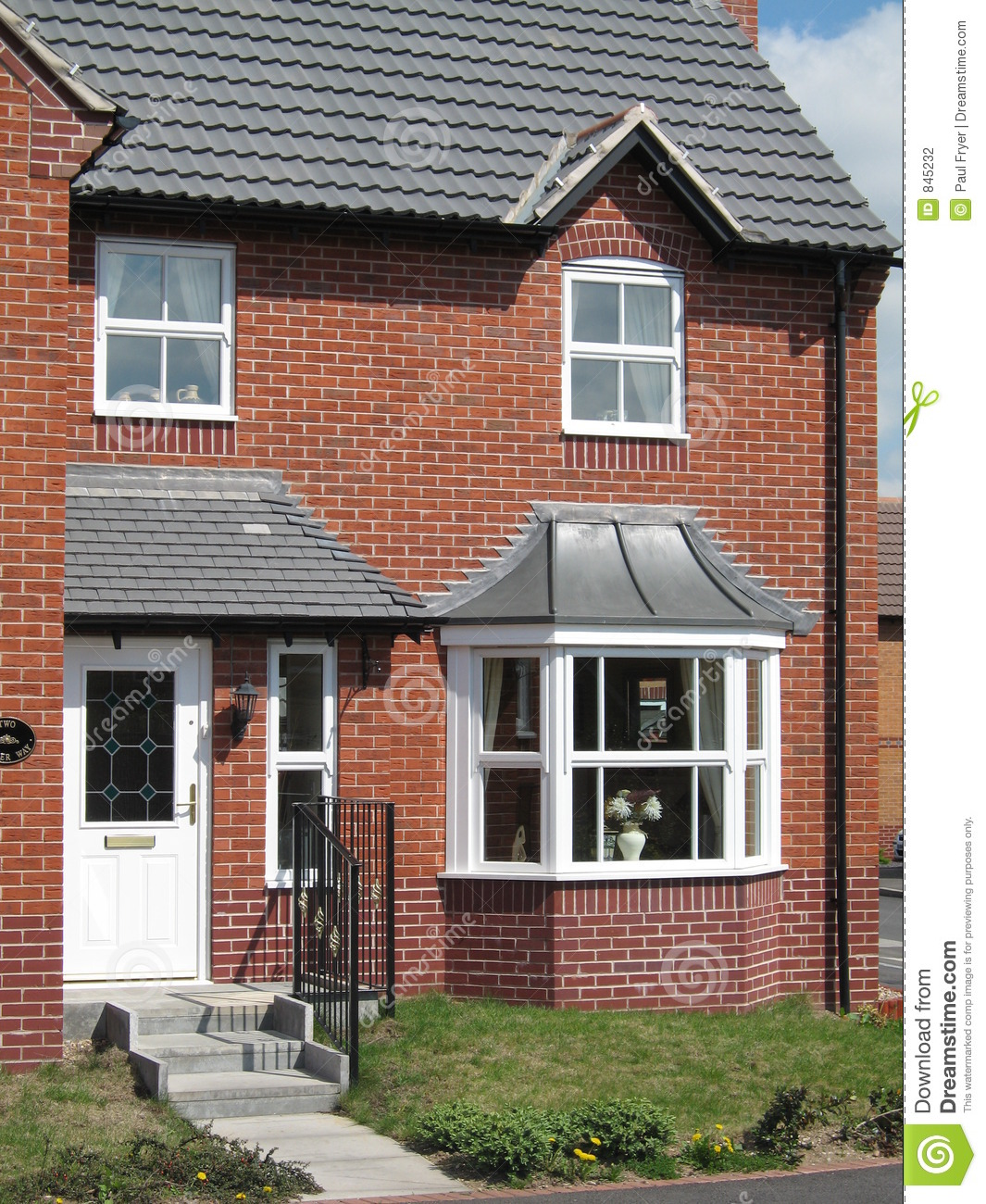 New Brick Homes: House Uk Red Brick New Build Home Stock Photo