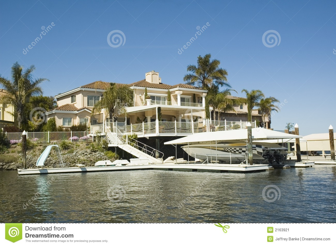 House with waterfront access